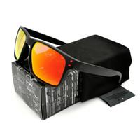 lentes superiores al por mayor-Calidad confiable Moda Top gafas de sol polarizadas para hombre Negro VR46 Marco Rojo Logo Lente de Fuego YO92-44 Gafas de marca Envío Gratis