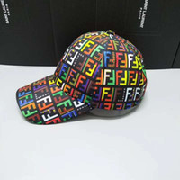 casquillo de moda para hombre al por mayor-Gorras de béisbol de diseño para hombres Sombreros de sol de moda para mujer Nuevos sombreros de ocio deportivos Gorra de golf por mayor
