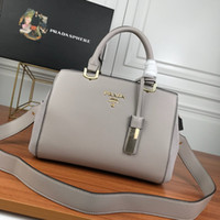 Wholesale ladies gift bags for sale - Group buy High quality classic designer women s handbag wild diagonal cross shoulder bag new high quality bag natural wind ladies bag gift B2026