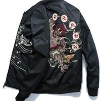 casacos de inverno japoneses venda por atacado-Bomber Jacket Men Inverno Bordado Anime Pilot Jacket Harajuku japonesa Streetwear Baseball Jacket Juventude Quente Casual S-3XL