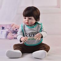 bebeğin canlı silikonu toptan satış-Yeni Tasarım 23 Inç Reborn Boy Alive Doll Tam Silikon Vücut Peruk Saç Gerçekçi Yenidoğan Bebekler Bebek çocuk Günü Hediyeleri Için