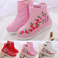 Wholesale ancient boots resale online - Childern s Embroidered Ancient Style Ankle Bare Boots Side Zip Casual Chinese style Booties kids shoes Sapato bota infantil