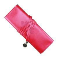 saco de plástico para rolo de lápis venda por atacado-Agradável Couro Do Rolo Do Vintage Compõem Cosméticos Pen Lápis Caso Pouch Bag Bolsa Caixa Vermelho