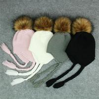 kedicik şapkası toptan satış-Sevimli Çocuklar Kürk Ponpon Bere Şapka Bebek Çocuk Tığ Yün Örme Kap Kış Sıcak Erkek Kız Pom Pom Saç Topu Şapka Bonnet