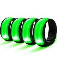 grüne led-armbänder großhandel-4 STÜCKE LED Armband Sicherheit Reflektor Armband Leuchtband Handgelenkstütze Blau Grüne farbe Für Laufen Radfahren # 2d13 # 321146