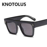 big framed glasses retro toptan satış-Toptan Retro Kare Perçin Güneş Gözlüğü Erkek Kadın Büyük Çerçeveler Shades UV400 Vintage Gözlük 2019 Yeni Moda
