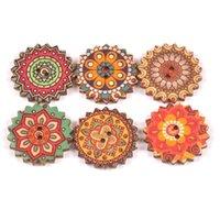 15 mm yuvarlak düğmeler toptan satış-Dikiş DIY Art Craft süslemeler 2 Delikli 200pcs Ahşap Düğmeler 15 mm / 25 mm Karışık Renkli Desen Yuvarlak Çiçek Düğmeler Vintage Düğmeler