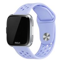 montre de sport de bracelet de silicone achat en gros de-Bande De Montre Fitbit Versa Sport Bande De Montre Bracelet En Silicone Souple Bracelet De Rechange Compatible Pour Fitbit Versa 23mm 61001