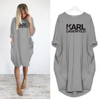 vestir mujeres de talla grande al por mayor-Vestido suelto informal de mujer Karl Carta Primavera Otoño Talla grande 4xl 5XL Vestido de ropa de talla grande