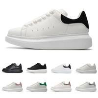 erkekler beyaz düz ayakkabılar toptan satış-Tasarımcı ayakkabı erkekler kadınlar için moda platformu sneakers 3 m yansıtıcı üçlü siyah beyaz deri süet erkek düz rahat ayakkabı boyutu 36-44