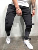 ingrosso pantaloni neri per mens-Pantaloni da uomo attillati in jeans da uomo slim fit in denim nero, pantaloni cargo casual con tasche a tracolla
