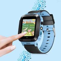 ingrosso guardare gsm sos-Per bambini Sicuro Anti-perso GPS Tracker Chiamata SOS GSM Smart Watch Phone per Android iOS Quadrupla Funzione di localizzazione SOS-one chiave Orologio