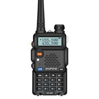 talkie walkie baofeng uv 8w toptan satış-1800mAH Pil serbest kulaklık ile BaoFeng UV5R UV5R Walkie Talkie Çift Bant 136-174MHz 400-520Mhz Çift Yönlü Telsiz Telsiz (BF-UV5R)