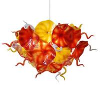 sarı cam avize toptan satış-Modern Çiçek Tabakları Avize Aydınlatma Turuncu Sarı Tasarım El Üflemeli Cam Zincir LED Işık Fikstür Avizeler