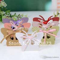 ingrosso taglio farfalla-Commercio all'ingrosso- 2016 Hot Pearl Paper Laser Cut Scatole di nozze Butterfly Candy Box Chocolate Box bomboniere 48pcs