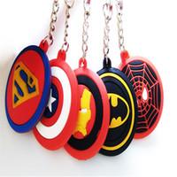 cadenas de goma para colgante al por mayor-The Avengers Colgante Superman Capitán América Deadpool Spider-Man Superhero Caucho Llaveros Llavero Llavero juguetes para niños regalos de Navidad