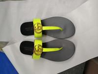 ingrosso pantofole marroni per le donne-Top qualità sandalo infradito in pelle da donna di lusso pantofole Desinger moda sottile infradito nero scarpe di marca nero bianco marrone rosso beige argento