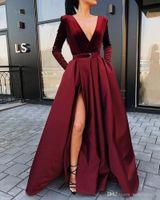 recién llegados vestidos de fiesta al por mayor-2019 Satén Vestidos formales de Borgoña nueva llegada manga larga vestidos de noche de terciopelo con cuello en V vestido de las mujeres del invierno hendidura lateral