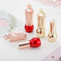 Wholesale handmade lipstick resale online - Red Golden Crown Lipstick Tube Handmade High Quality DIY Empty Plastic Lipstick Tubes Women Use Popular Style xmH1