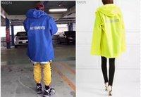 chaqueta impermeable amarilla al por mayor-Streetwear Vetements Chaquetas Hombres Mujeres Hip Hop Azul Amarillo Vetements de gran tamaño Cazadora impermeable Chaqueta impermeable Vetements