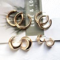 estilo punk metal al por mayor-2019 Classical Metallic Gold Silver Color C Shape Small Small Hoop Earrings para mujeres Punk Style Metal Hoop Earrings