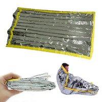 dış mekan yalıtım torbaları toptan satış-Açık acil ilk yardım uyku tulumu Yalıtım hayat kurtarıcı zarf uyku tulumu Güneş koruma kamp survival battaniye ZZA620