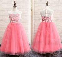 bonito pageant vestidos venda venda por atacado-Últimas On Sale Buttons rosa bonito Lace Flower Girls Dresses Jewel pescoço para trás 2020 Festa de Natal dos miúdos vestidos Girs Pageant Vestidos