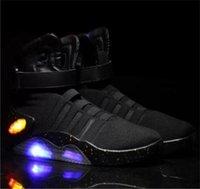 yüksek üst led ayakkabı toptan satış-Led Işıklar Yüksek Top Marty Mcfly Sneakers Siyah Gri Kırmızı Renkler ile 2019 Hava Mag Geri Geleceği Marty Mcfly Led Erkekler Basketbol Ayakkabı