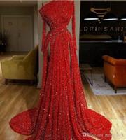 bir omuz uzun kollu eve dönüş elbisesi toptan satış-2019 Tek omuz Kırmızı Sequines Homecoming Elbise A-Line Bir omuz Bölünmüş Uzun kollu Dantel Kristal Elbisesi Topu