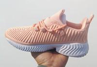 прыгающие обувь розовый оптовых-2019 Новая распродажа AlphaBounce Beyond мужчины Высококачественная обувь женская Черный розовый Белый Alpha bounce повседневная обувь
