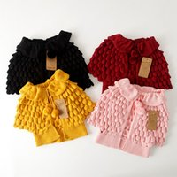 suéter cardigan amarillo niñas al por mayor-Ins Venta caliente Sweet Baby Girls Crochet Knitted Sweater Cardigans Chaquetas Candy Pink Yellow Red Color Spring Autumn Outwears