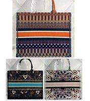 grand sac à bandoulière bleu achat en gros de-2019 Classic Famous Design.Bonne qualité fourre-tout. Sac shopping grande capacité, sac à bandoulière. Sacs à poignées de couleur bleue également brodés.