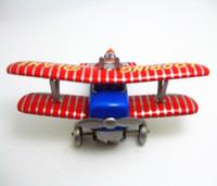 velho avião brinquedo venda por atacado-[TOP] coleção Classic Retro Clockwork Wind up Metal Andando Tin Toy Looping avião Antigo avião Mecânica crianças presente de natal