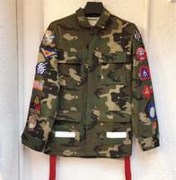 ingrosso nastri uniformi-Giacca da uomo e da donna con rivestimento mimetico medaglia nastri universali arrow uniformi da uomo e da donna coppia giacca militare