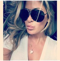 lunettes de soleil kim kardashian achat en gros de-2018 Grand Marque Designer Aviation Lunettes De Soleil Hommes De Mode Shades Miroir Femme Lunettes De Soleil Pour Les Femmes Lunettes Kim Kardashian Oculo