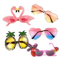 ananas sonnenbrille großhandel-Beach Party Neuheit Flamingo Partydekorationen Hochzeitsdekor Ananas Sonnenbrille Hawaiian Funny Glasses Event Supplies Favor