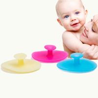bebek şampuanı yıkama toptan satış-Silikon Vücut Banyo Fırça Bebek Duş Fırça Temizleme Şampuan Vücut Yıkama Fırçalama Exfoliator Fırça Vücut Temizleme Fırçaları RRA1712