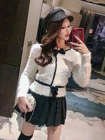 costume de lapin blanc achat en gros de-Âge européen et américain - costume noir et blanc petit encens contraste couleur lapin cheveux chandail chaud jupe plissée livraison gratuite