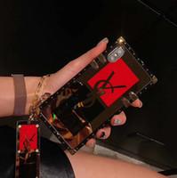 pulseras de letras de metal al por mayor-Cuadrado Espejo plateado cubierta trasera moda impresa carta pulsera pulsera teléfono Shell Tiger Head caso conejito para iPhone XS Max XR 6s 7