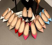 nackte wohnungen großhandel-Verkauf! 34/40 aus echtem leder mit nieten ballerinas blau schwarz nude rot gelb rose rosa luxus designer runway klassische mode frauen