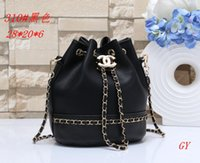 embragues de diseño al por mayor-Diseño 2019 bolso de las mujeres de las señoras totalizadores bolso de embrague de alta calidad bolsos de hombro de moda bolsos de mano de cuero bolsos de orden mixta GG011