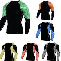 spor spor giyim erkek toptan satış-Evrensel Spor Giyim Erkekler Kullanışlı Four Seasons Rüzgar kesici PRO Spor Dış Mekan Hareket Tayt Spor Giyim 28cpH1 Balıkçılık Wear