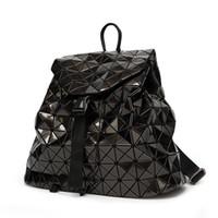 gümüş hologram sırt çantası toptan satış-Yeni Bao Sırt Çantaları Kadın Geometrik Omuz Çantası öğrencinin Okul Çantası Hologram sırt çantası Lazer gümüş sırt çantası mochilas Ile Logo # 316984