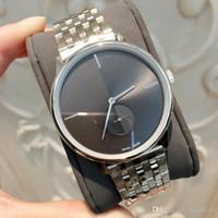 серебряные часы оптовых-Мода мужчины / женщины стали смотреть серебряный цвет роскошные Леди наручные часы известный хороший наручные часы платье часы Кварцевые часы для любителей Япония движение