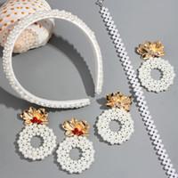 diadema perla coreana blanco al por mayor-Flatfoosie 2019 White Pearl Cinta de cabeza para las mujeres forman hecha a mano del partido Hairbands estilo coreano pelo de las muchachas accesorios Headwear