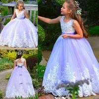 vestido del oeste de las muchachas del niño al por mayor-Light Purple Vestido de niña de las flores para Western Garden Bodas Princesa Cuello redondo Beads Apliques Sin respaldo Largo para niños Cumpleaños Vestido de comunión
