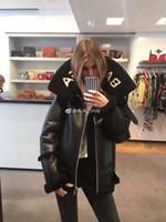 ceket kadın süet deri toptan satış-Yün Kürk Moda kadınlar Deri ceketler Kadın Sonbahar Kış Sıcak ceketler Süet Deri Kabanlar Palto Fur Coat 1-30 Tops