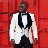 schwarze mens passt elfenbein großhandel-Fashion Ivory Jacquard Bräutigam Smoking Black Velvet Revers Mens Hochzeit Smoking Man Jacke Blazer Beliebte 3Piece Anzug (Jacket + Pants + Vest + Tie)