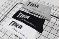 ingrosso calzini preppy stile-Ins Harajuku Hip -Hop Lettera Calze Skateboard Coppie Cotone Sport calza Preppy stile casual nero bianco grigio classico calzini