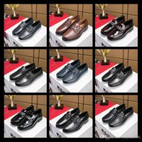 Wholesale black band for wedding dress for sale - Top Brand Loafers Luxury Party Wedding Shoes Designer BLACK PATENT LEATHER Suede with tassels Spikes Studded dress shoes for mens